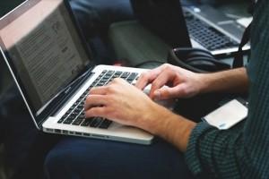 企业训练项目搬至线上时怎么有用改变内容出现方式