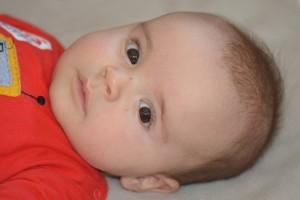 宝宝经常半夜惊醒是怎么回事宝宝经常半夜惊醒该怎么办